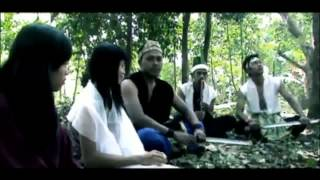 Video FILM INDIE INDONESIA - BABAD TANAH CIWIRU - Official Trailer. download MP3, 3GP, MP4, WEBM, AVI, FLV Oktober 2018