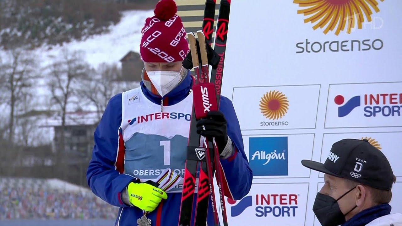 В.Путин поздравил лыжника А.Большунова, завоевавшего серебро заключительной гонки ЧМ в Оберсдорфе.