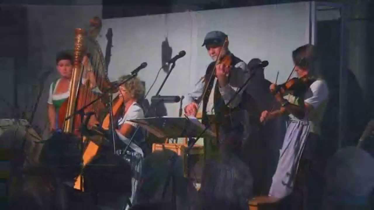 Chiemgauer Geigenmusi - Hochzeitsmarsch - YouTube