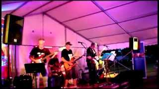 Los Kiosk Bears - Night Cry - July 2013 - Girton, UK