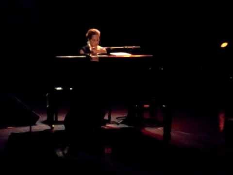 Chantal Kreviazuk - Leaving On A Jet Plane Live Nov 6th 2009 River Rock Theatre