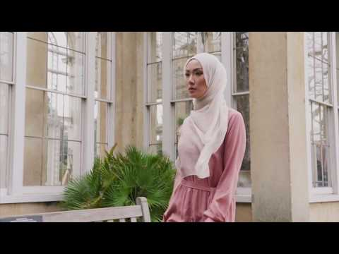 Modest Fashion | Iconic Pieces |The Silk Chiffon Hijab