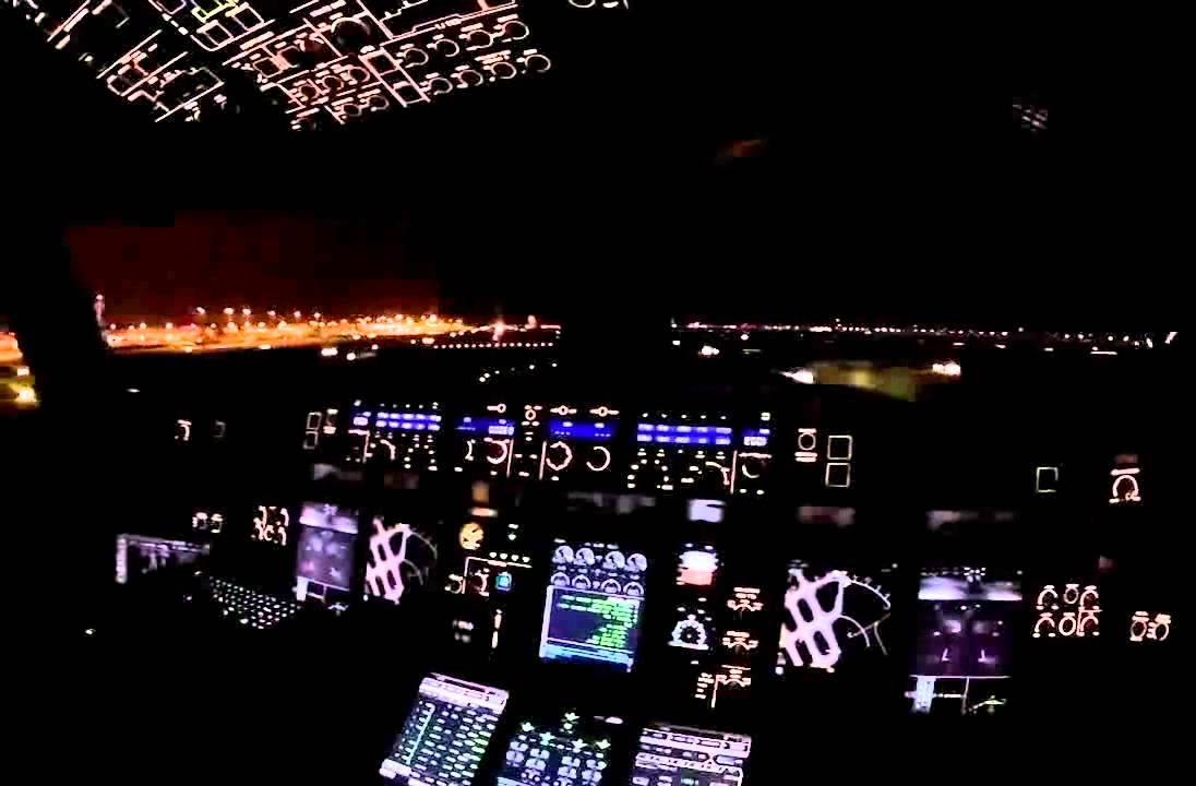 Emirates Wallpaper Hd Decollage Nuit A380 Vue Cockpit A380 Night Take Off Hd
