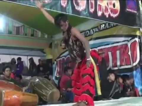Live Jaranan LEGOWO PUTRO Tari Bujang Ganong Ndadi