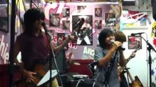 "Four Times Charm ""Paradise City"" by Guns N' Roses (vid 2) @ Archie's! - 8/15/13 Thumbnail"