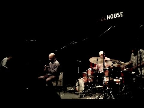 Louis Moholo-Moholo / Burnham / Karayorgis / Osgood @ Jazzhouse, Copenhagen (25th of October, 2016)