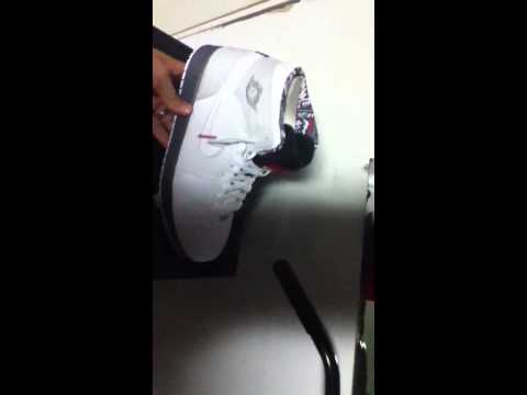 reputable site 77192 0b4ff Air Jordan 93 Bugs Bunny edition