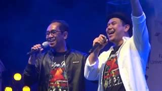 Video 10. Kasih Tak Sampai - Padi Reborn feat. Dr. Paripurna  (Dies Natalis ke-72 FH UGM) download MP3, 3GP, MP4, WEBM, AVI, FLV September 2018