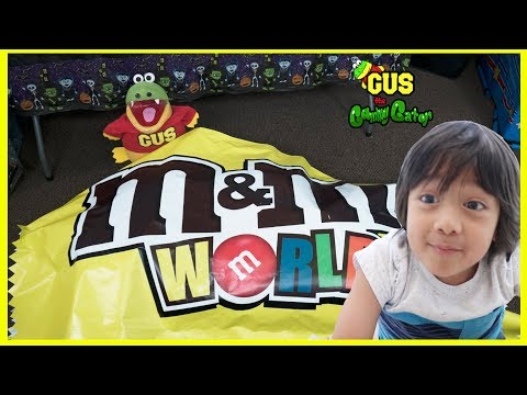Giant M&M Candy visits Kid IRL for Halloween and Learn Colors with Ryan ToysReview