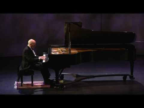 Vitaly Margulis plays Grieg's Homesickness