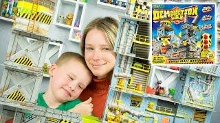 SmartLab Toys Demolition Lab Triple Blast Warehouse by Kinder Playtime
