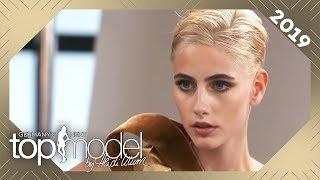 Glamouröses Shooting: Kann Justine mit ihrem neuen Look überzeugen? | GNTM 2019 | ProSieben