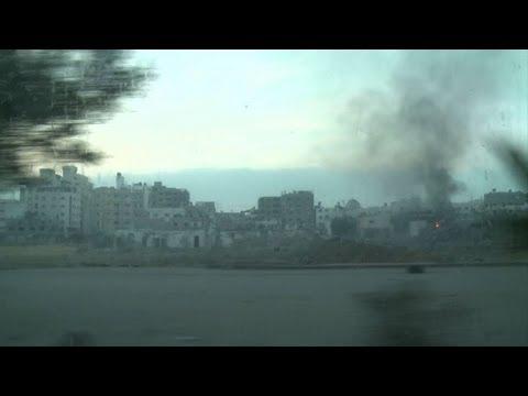 L'aviation et la marine israéliennes bombardent Gaza