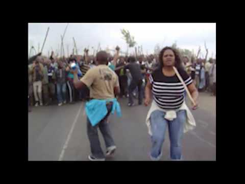 South African striking Marikana platinum miners against Lonmin mine owners