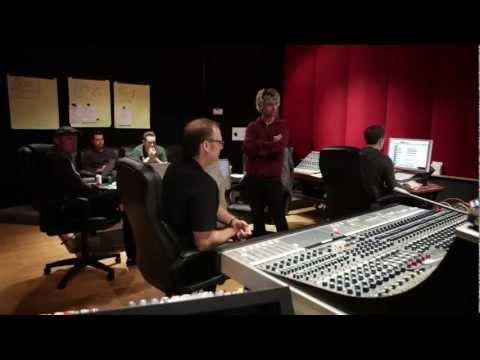 Green Day- Kill The DJ [Music Video]