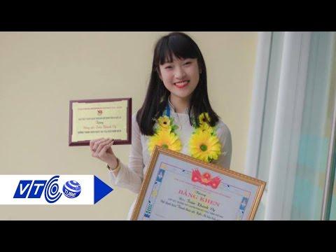 Cô gái '7 thứ tiếng' nói về học tiếng Anh   VTC