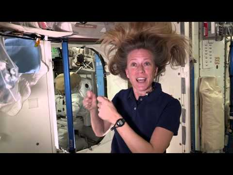 Astronaut uses single strand of hair to move in zero gravity