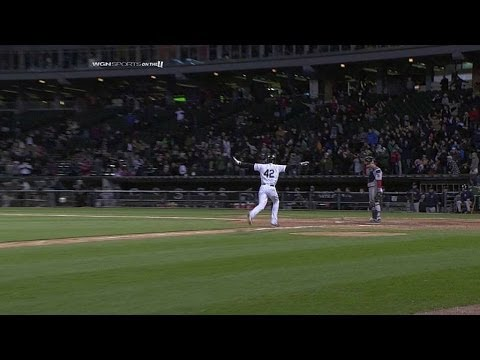 Throwing error gives White Sox a win