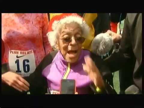 100m dash runner beat record (USA) - ITV News - 4th May 2016