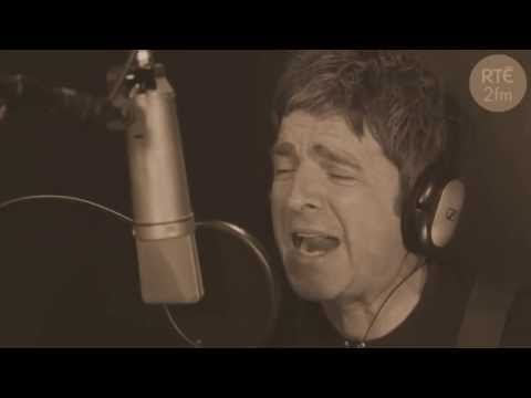 Noel Gallagher-The Dying of the Light Acoustic Live