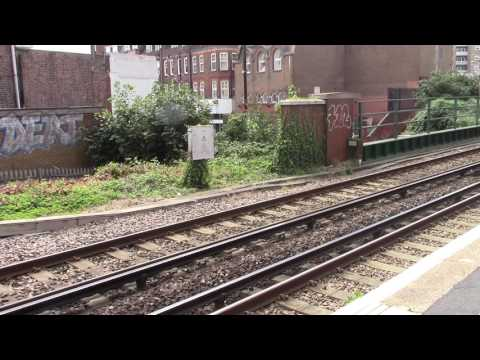 CATCHING A TRAIN FROM WALLINGTON TO VICTORIA