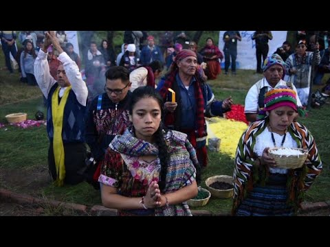 Guatemalan Mayas commemorate end of civil war