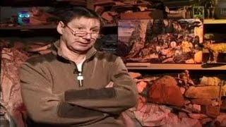 Геннадий Андреев, мастер, владеющий редким искусством флорентийской мозаики