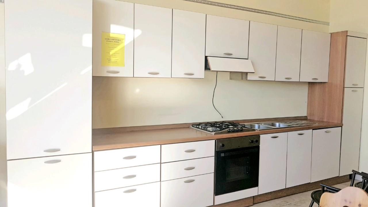 Cucina Ciliegio E Panna cucina componibile ciliegio - panna - usatorigenerato - youtube