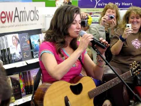 Amy Grant, El Shaddai, Brandon FL 3292010