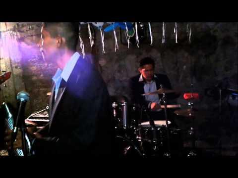 GRUPO SENTIMIENTO MUSICAL DE ANGEL GONZALEZ (LA PLAYA) EN VIVO