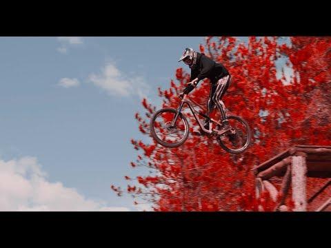 Canyon Shred City | Tomas Lemoine