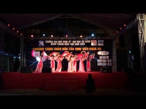 Múa thần thoại - Khoa Du lịch DUE