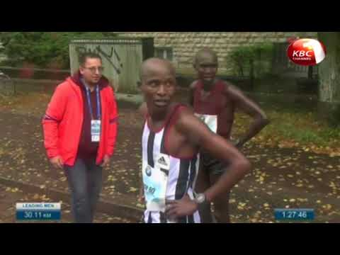 Eliud Kipchoge and Gladys Cherono win gold in Berlin Marathon