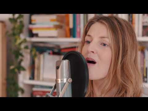 Snowpoet - 'Snow' by Emilíana Torrini  (Living Room Session)