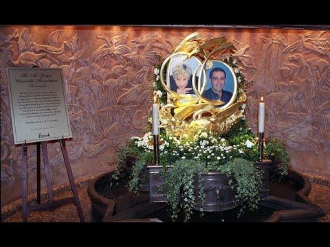 Harrods return Diana and Dodi shrine to Mohamed al Fayed