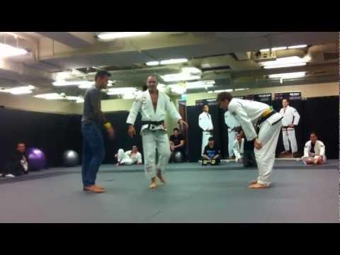 Mike Powers Jiu Jitsu vs Clark Gracie  Epic MMA club Hong Kong 1272012