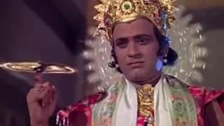 Шишупала оскорбляет Кришну. Кришна отрезает ему голову Сударшана чакрой. Юность Кришны - Махабхарата