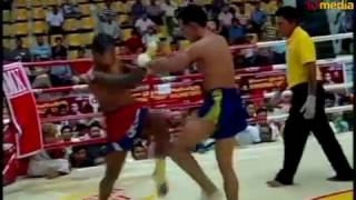 Ye Myat Aung (MM)Vs Wap Thi Paung (Thai)-50Media Myanmar Channel (Culture Must  prevail The World)