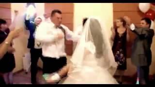 Дебил на собственной свадьбе