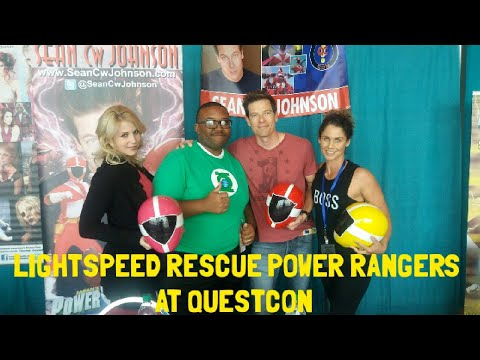 LIGHTSPEED RESCUE POWER RANGERS AT QUESTCON!!!