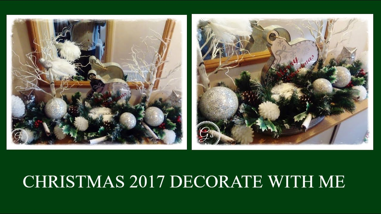 How I Decorate: Console Table Christmas 2017