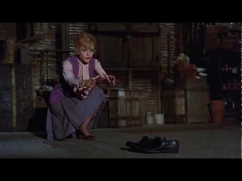 Disney Cinemagic Spain - LA BRUJA NOVATA (BEDKNOBS AND BROOMSTICKS) - Promo