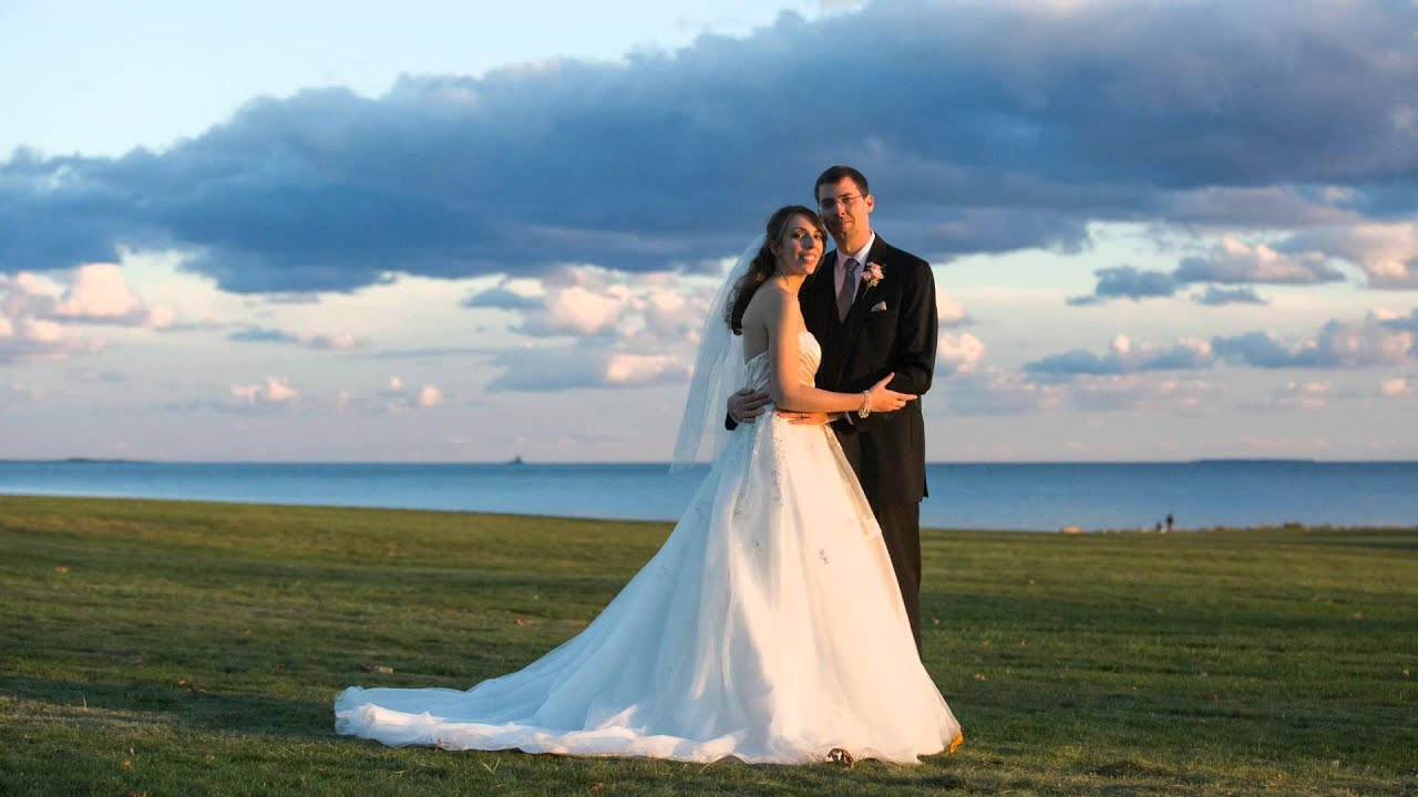 Eolia Mansion At Harkness State Oceanside Fall Wedding