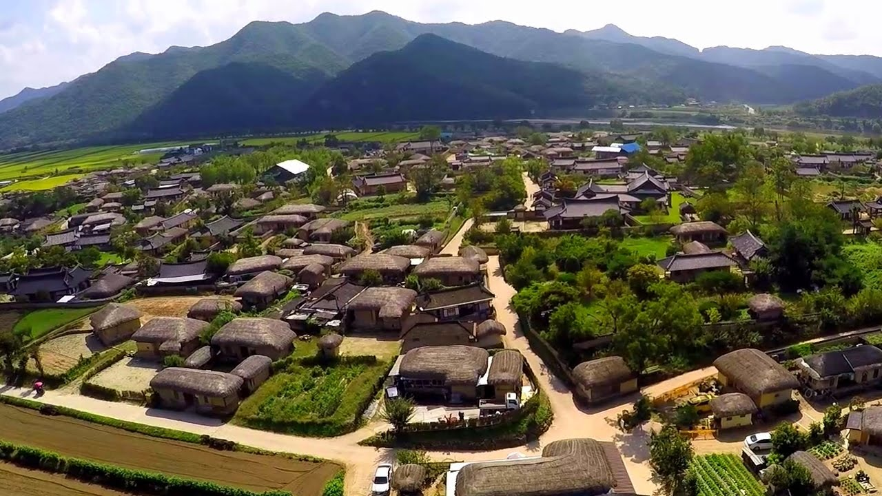 The Human Settlements: Hahoe - A South Korean Folk Village ...
