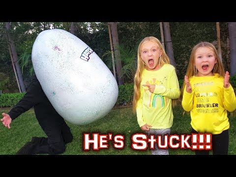 Is Game Master Caught In The World's Biggest Egg?! Giant Hatchimals Egg!!!