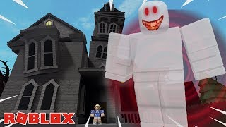 THE HAUNTED HOUSE CAMPING TRIP! / ROBLOX 👻