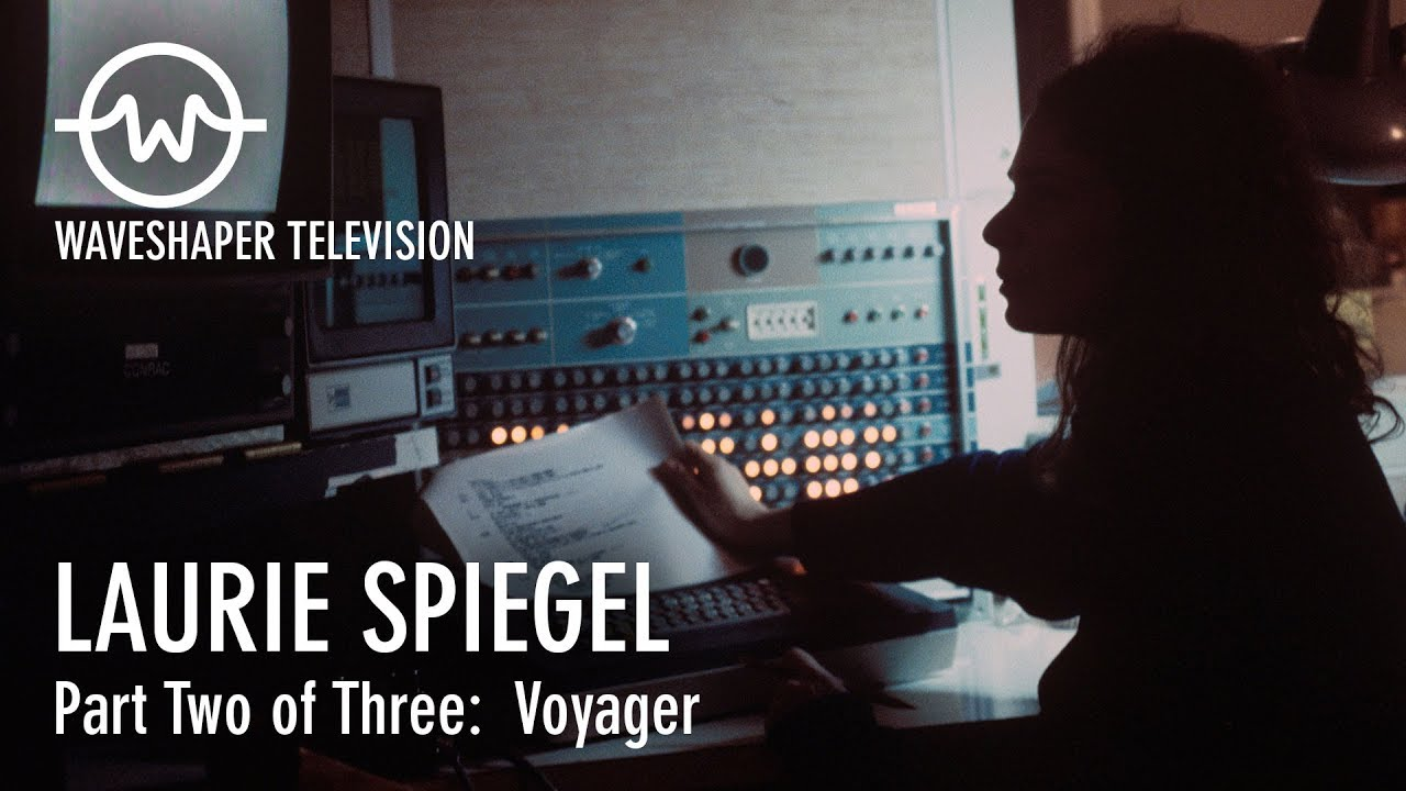Tv In Spiegel : Media art net kahlen wolf mirror tv