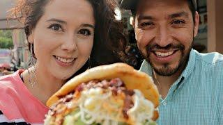 La torta más grande de México en Tortas el Recreo las originales del Vaquita FT Marisolpink