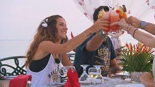 Bea y Ángel se reencuentran en la cena de lujo con Lorea y Ángel - Pekín Express