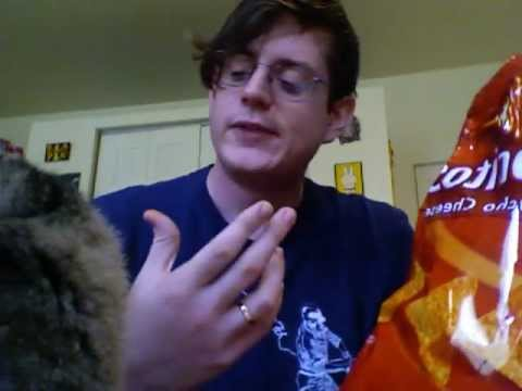 """Breached Hull """"Into The Black"""" / Doritos """"Nacho Cheese"""" review"""